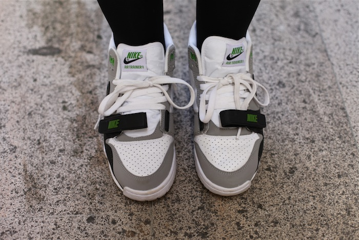 d0032a4f8883b nike air trainer chlorophyll online   OFF60% Discounts
