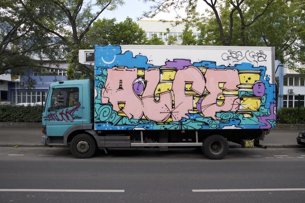 les mysteres de paris street art 3