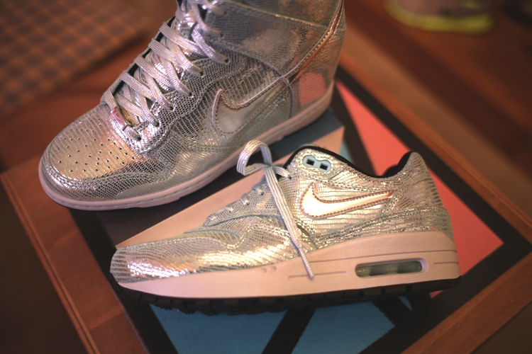 nike air max 1 metallic mw shift 001