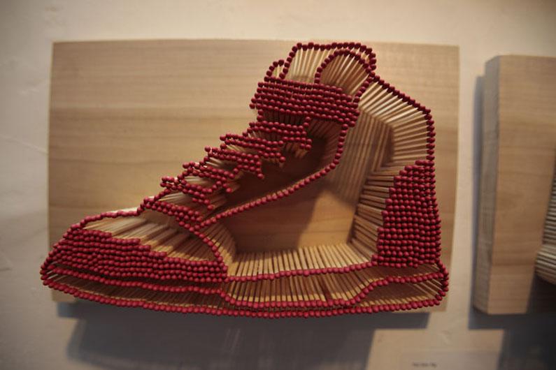 02-sneaker-closeup