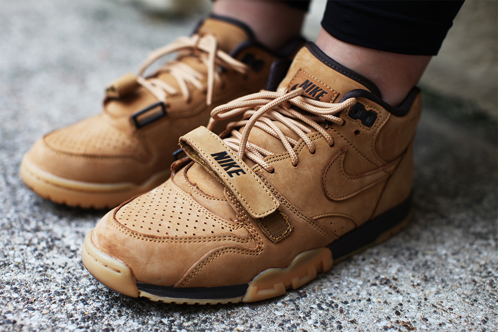 nike air trainer 1 flax uglymely mw shift 5