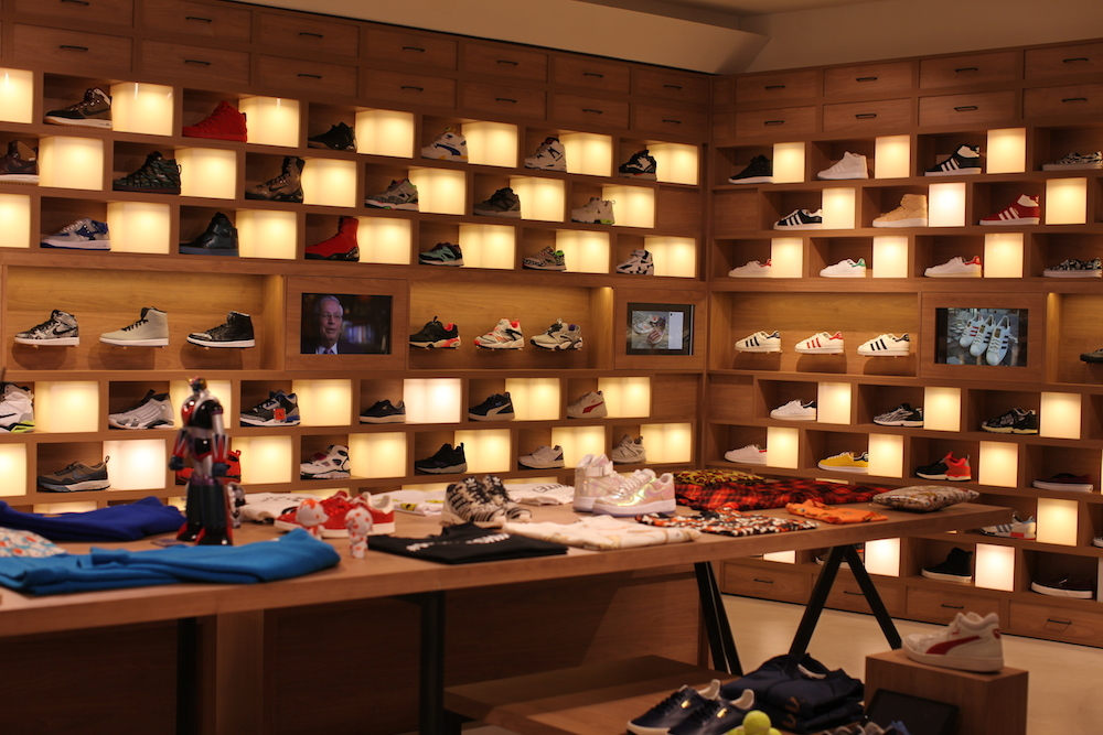 holypopstore sneakers rome italie uglymely 5