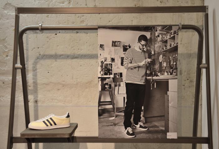 702-sneakers-book-04